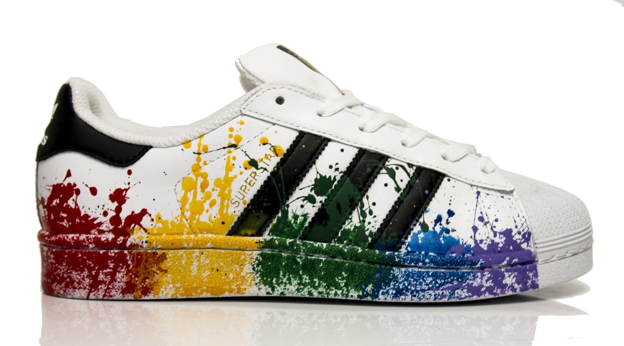 Sneakers Adidas Superstar PAINTER personalizzate con schizzatura multicolor